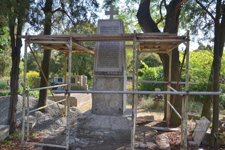 Szentesi I. vh-s emlékmű