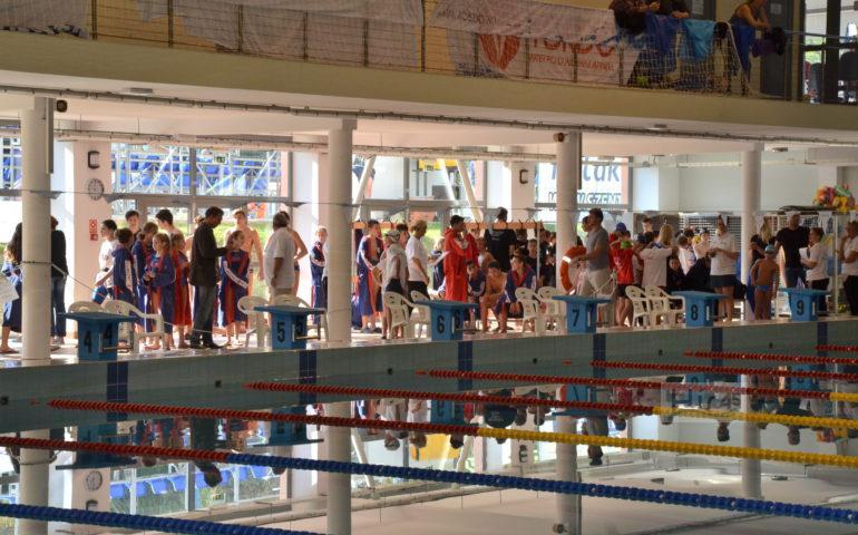 Sprint kupa úszóverseny