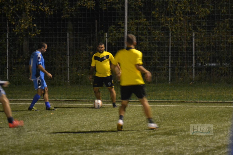 műfüves foci