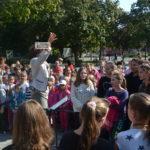 Éneklés a Kossuth téren