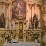 XII. Piusz pápára emlékeznek