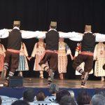 Szerb-magyar néptánc est a megyeháza udvarán