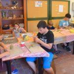 Művészi- és közösségi élményt nyújtó táborok