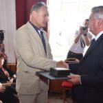 Magas szakmai kitüntetés a helyi főállatorvosnak