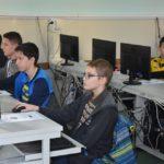 Térségi informatikai verseny a Pollákban