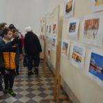 A Deák iskola diákjainak alkotásai a református templomban