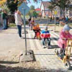 KRESZ-parkot kaptak a Kísérben nevelkedő ovisok